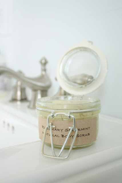 Rosemary-Spearmint-body-scrub-1