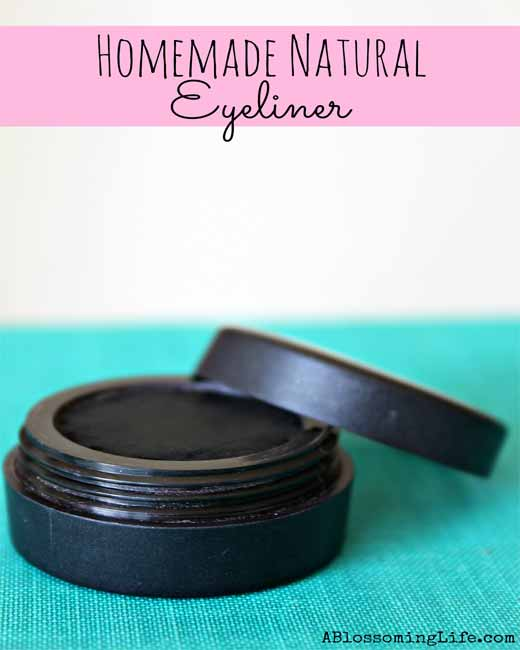 Homemade-Natural-Eyeliner
