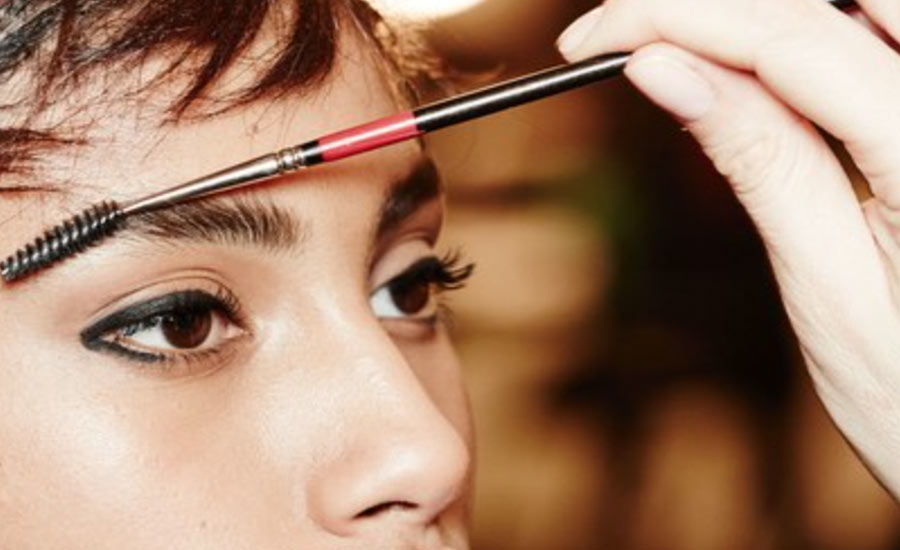 Homemade Eyebrow Gel For Taming Brows And Try This Trick For Banging