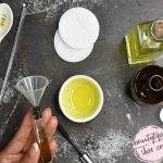 DIY Homemade Makeup Remover that Stimulates Eyelashes to Grow